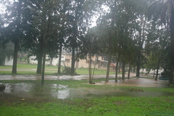 rain-2-3-amikam